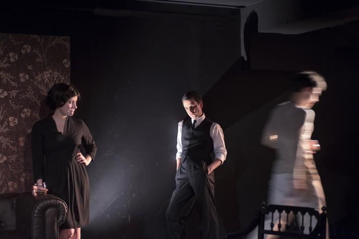 HE SERVANT de Robin Maugham - Mise en scene de Thierry Harcourt - Theatre de Poche-Montparnasse