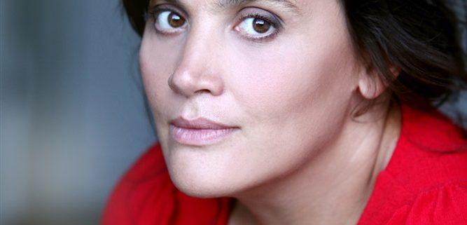 Sandrine Molaro