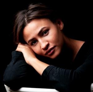 Léonie Simaga, comédienne et metteure en scène, sociétaire Comédie-Française