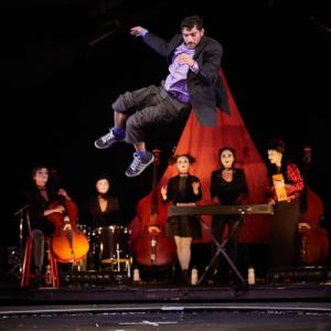 Terabak de Kiev, cabaret, cirque, Stéphane Ricordel, Dakh Daughters, Monfort, La Baraque, critique Pianopanier, espace chapiteau, Yann Frisch