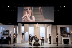 Festen, mise en scène Cyril Teste à l'Odéon Théâtre de l'Europe, adaptation du film de Thomas Vinterberg par le collectif MxM