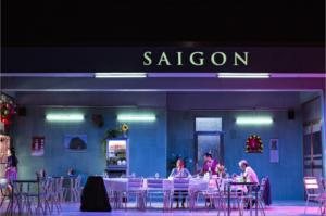 Saigon, de Caroline Guiela Nguyen, Les Hommes Approximatifs, Odéon Théâtre de l'Europe, coup de coeur Pianopanier